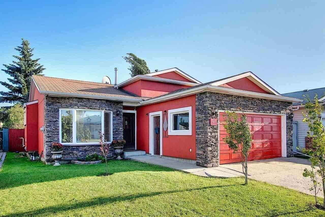 House for sale at 7907 152c Av NW Edmonton Alberta - MLS: E4206279