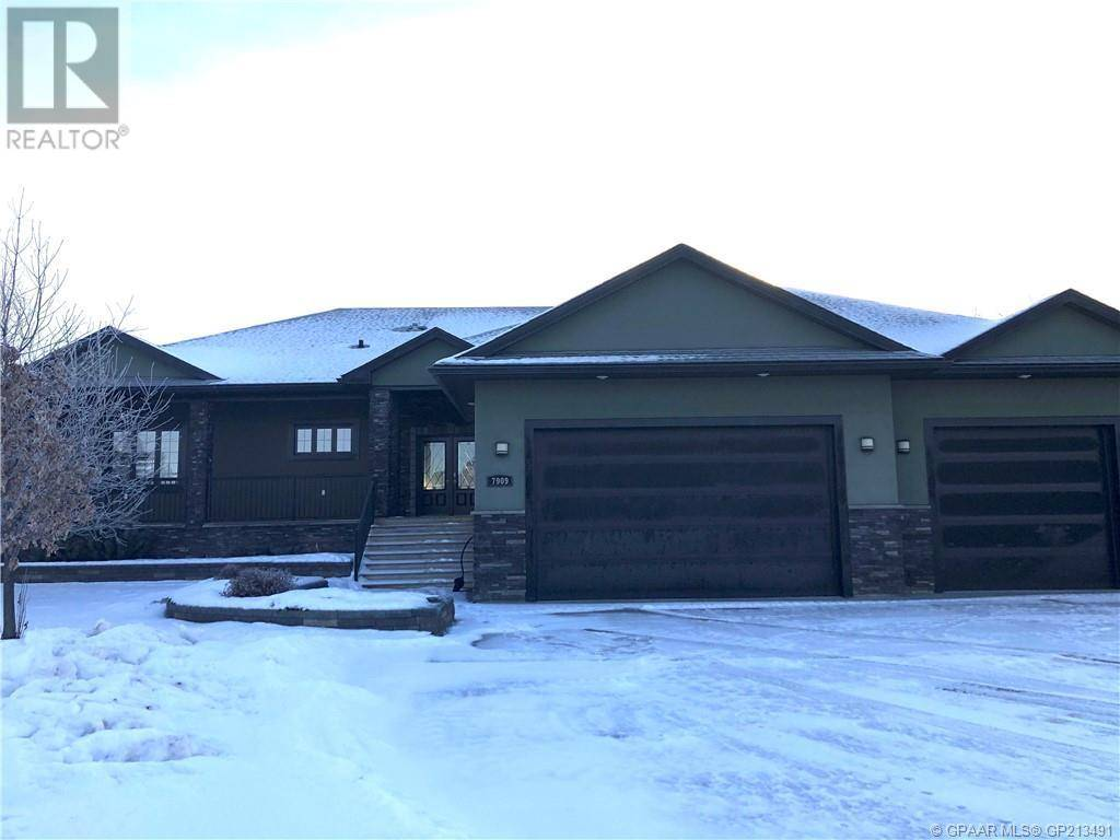 House for sale at 7909 Carriage Lane Dr Grande Prairie, County Of Alberta - MLS: GP213491