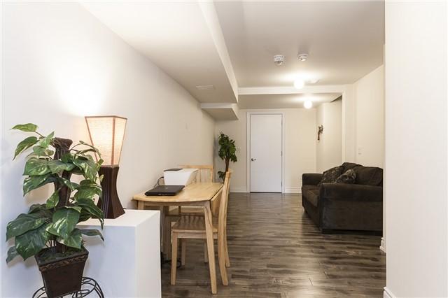 For Rent: 792 Glenbrook Avenue, Burlington, ON | 1 Bed, 1 Bath House for $1,300. See 15 photos!