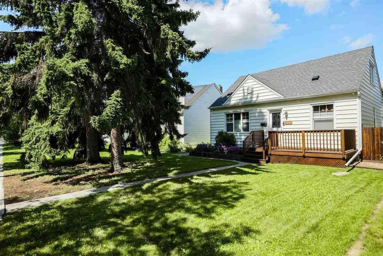House for sale at 7924 78 Av NW Edmonton Alberta - MLS: E4207420