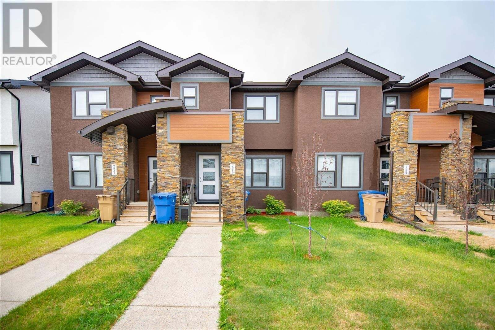 Townhouse for sale at 7925 Canola Ave Regina Saskatchewan - MLS: SK813451