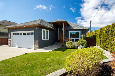 House for sale at 793 North Rd Gibsons British Columbia - MLS: R2358109