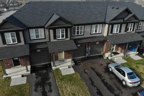 Townhouse for rent at 7933 Oldfield Rd Niagara Falls Ontario - MLS: 30750390