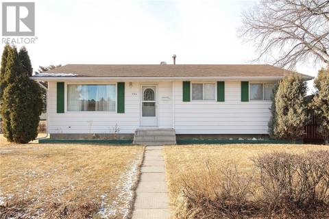 House for sale at 794 Black Blvd Nw Medicine Hat Alberta - MLS: mh0160954