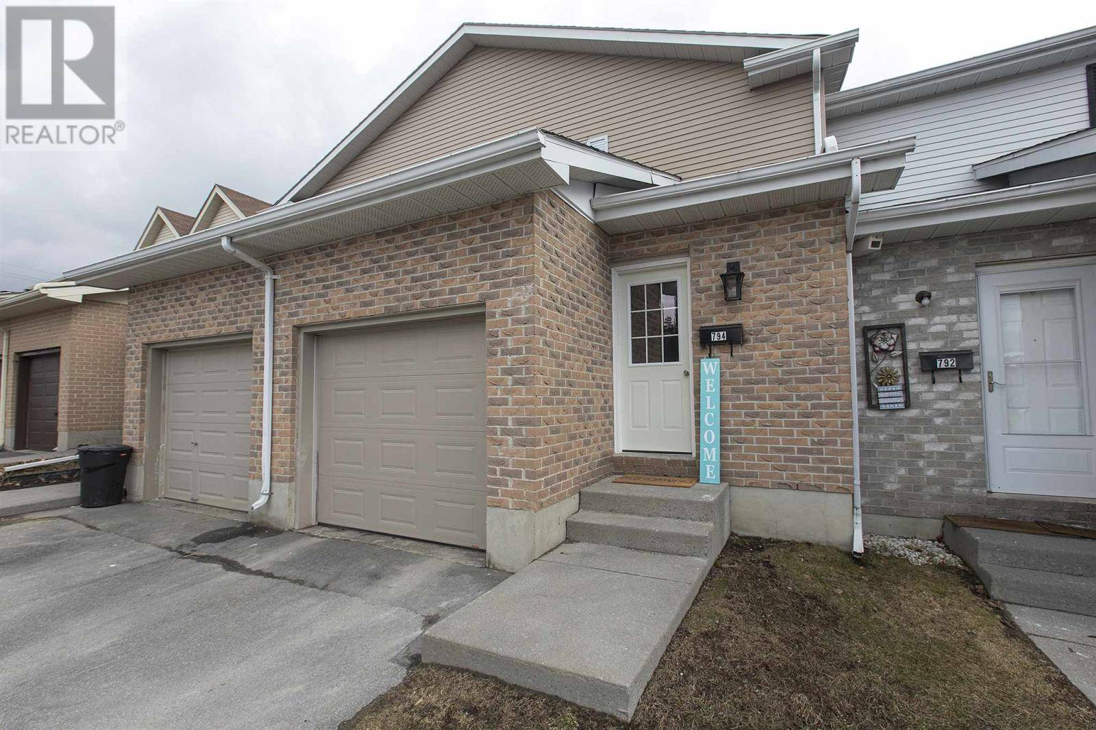 794 Datzell Lane, Kingston | Image 2