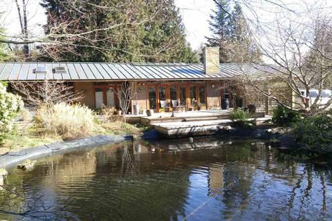 House for sale at 7949 Lohn Rd Halfmoon Bay British Columbia - MLS: R2444620