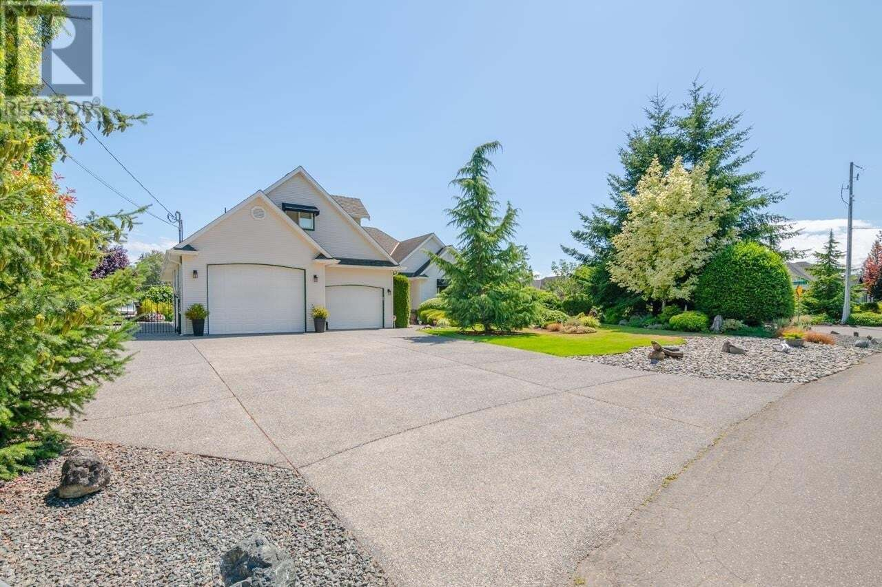 House for sale at 796 Arrowsmith  French Creek British Columbia - MLS: 850583