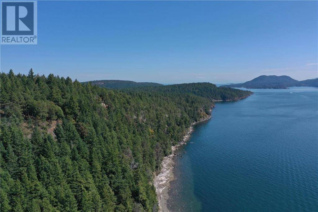 Residential property for sale at 797 Beechwood Dr Mayne Island British Columbia - MLS: 420912