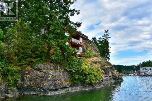 House for sale at 797 Cliffe Rd Quadra Island British Columbia - MLS: 469236
