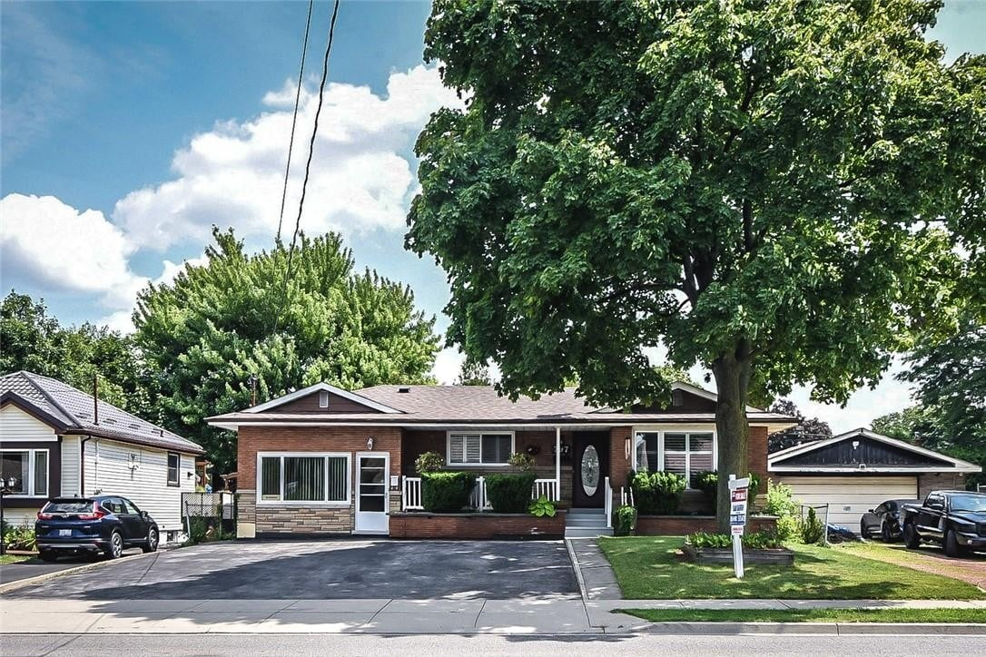 House for sale at 797 Upper Wellington St Hamilton Ontario - MLS: H4085073