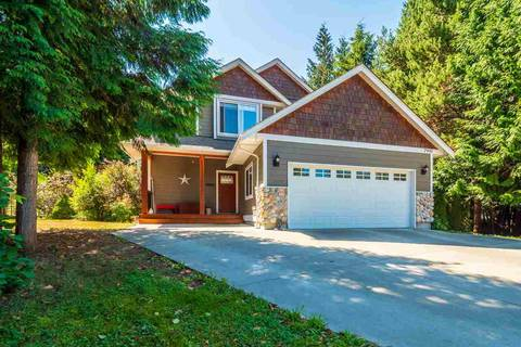 House for sale at 7991 Lohn Rd Halfmoon Bay British Columbia - MLS: R2438326