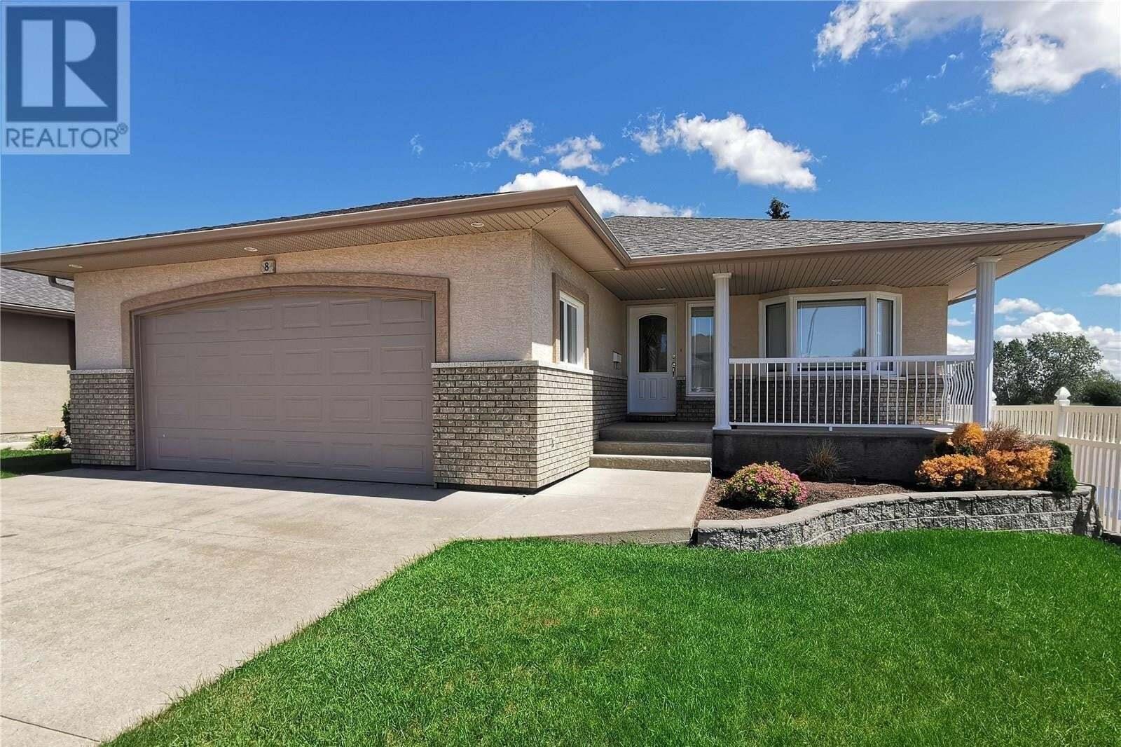House for sale at 1 Wintergreen Dr Unit 8 Moose Jaw Saskatchewan - MLS: SK814886