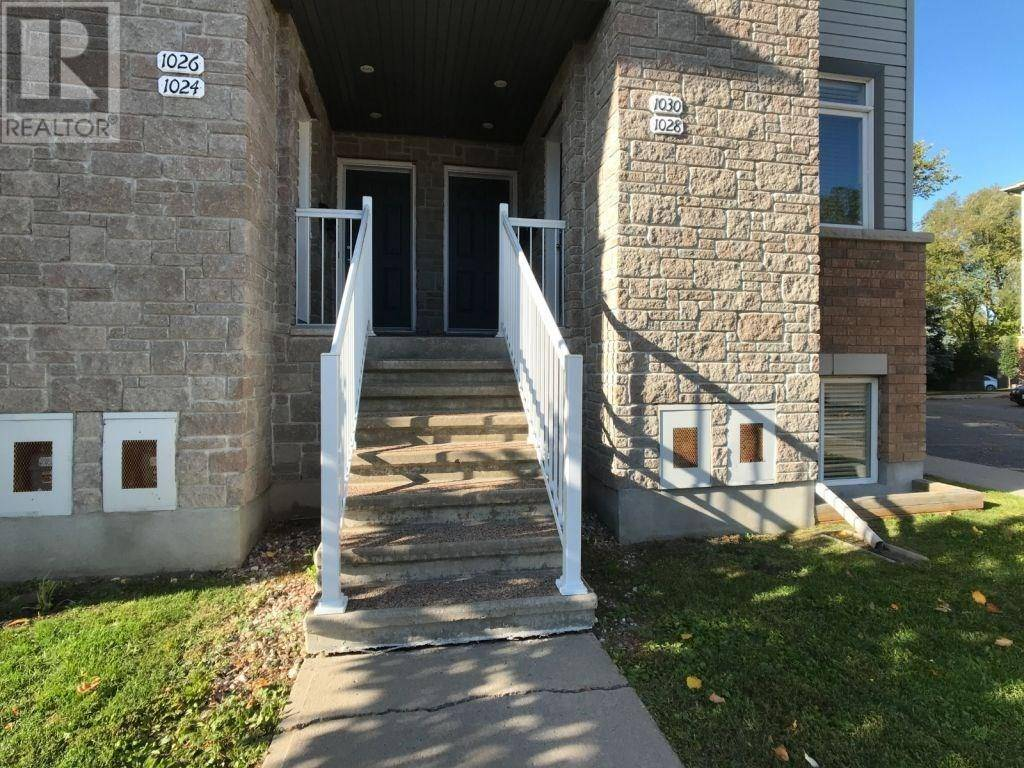 House for sale at 1028 Redtail Pt Unit 8 Gloucester Ontario - MLS: 1183049