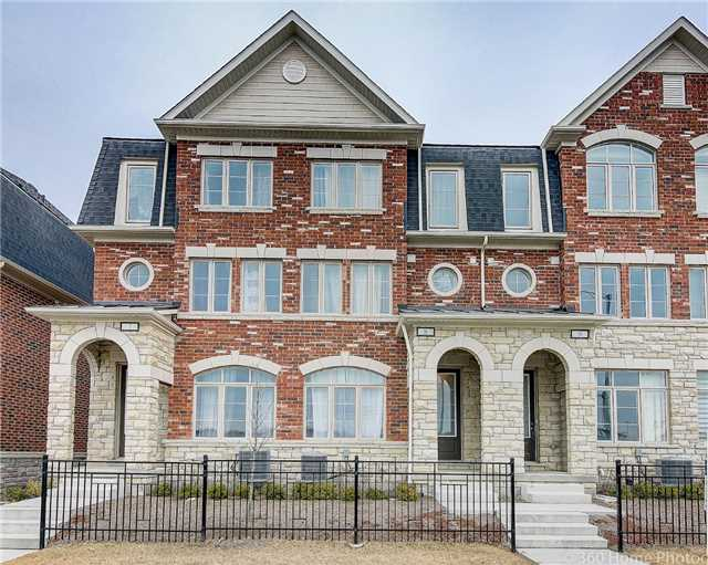 For Sale: 8 - 1331 Major Mackenzie Drive, Vaughan, ON | 4 Bed, 4 Bath Townhouse for $898,000. See 19 photos!