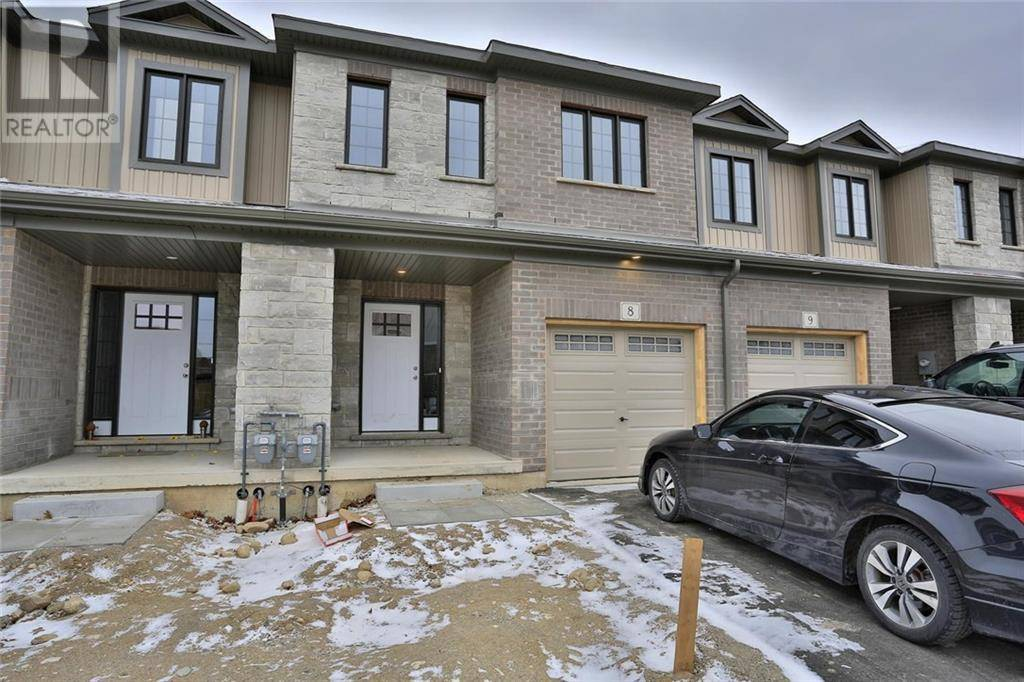 Townhouse for sale at 135 Hardcastle Dr Unit 8 Cambridge Ontario - MLS: 30781628
