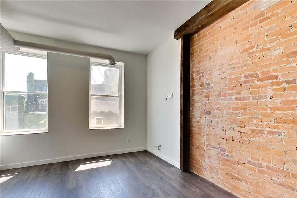 Apartment for rent at 14 Cross St Unit 8 Dundas Ontario - MLS: H4078989