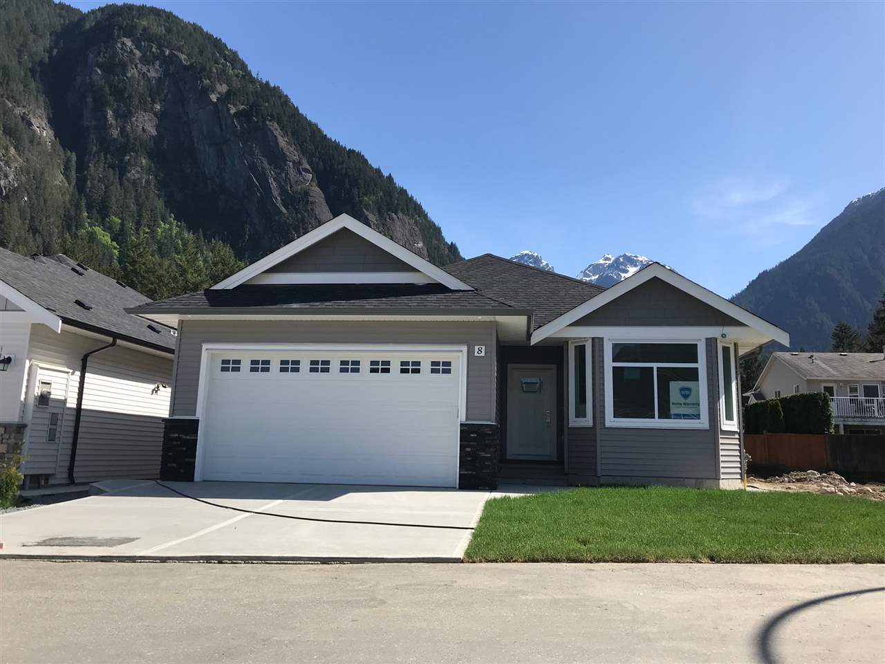 For Sale: 8 - 20118 Beacon Road, Hope, BC | 2 Bed, 2 Bath House for $439,000. See 5 photos!