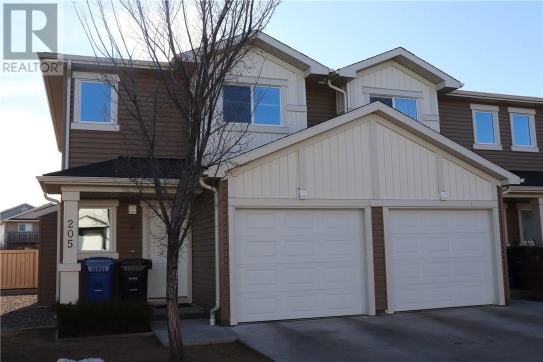 Townhouse for sale at 205 Silkstone Rte West Unit 8 Lethbridge Alberta - MLS: ld0186762