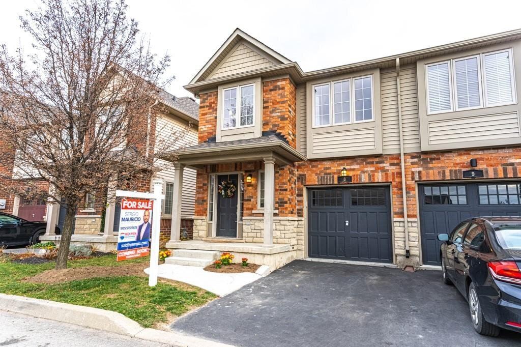 Townhouse for sale at 222 Fall Fair Wy Unit 8 Binbrook Ontario - MLS: H4093501