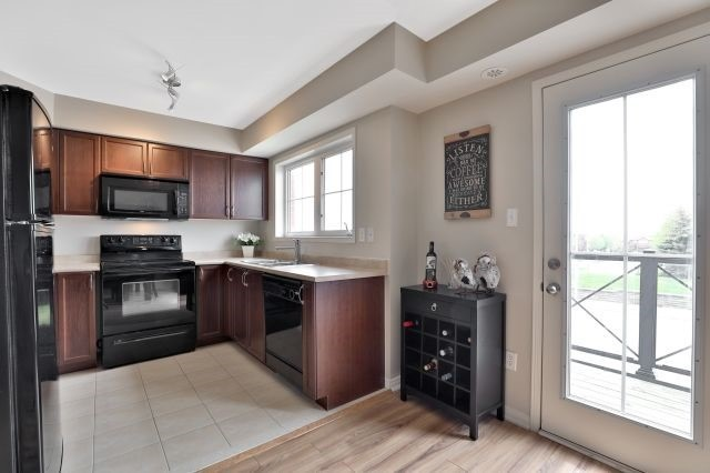 For Sale: 8 - 2557 Sixth Line, Oakville, ON | 2 Bed, 2 Bath Condo for $459,900. See 16 photos!