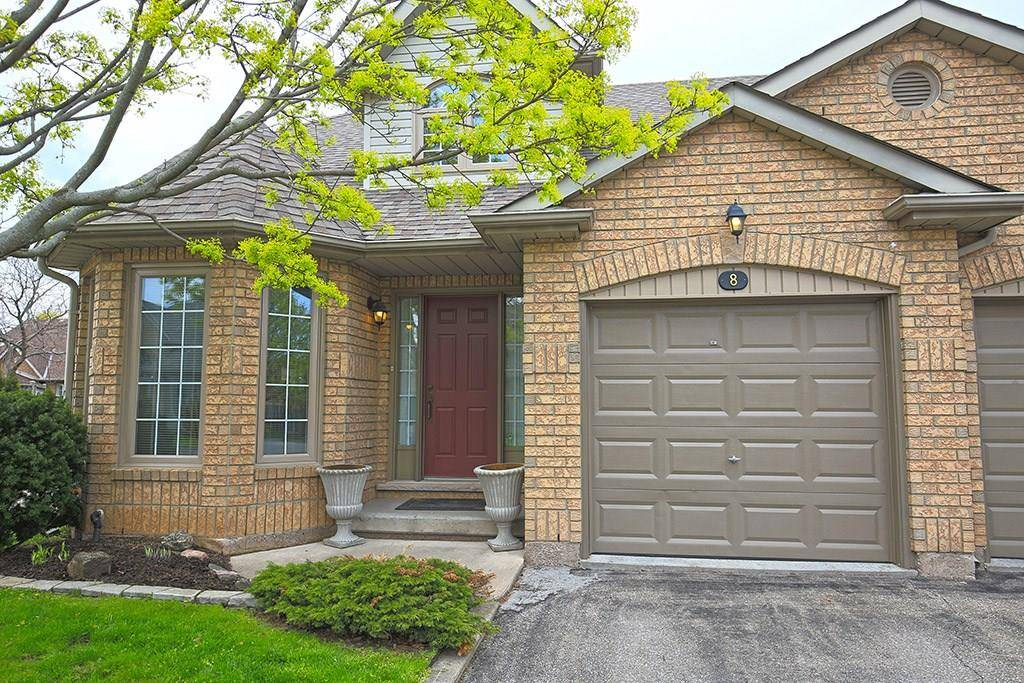 Buliding: 26 Red Haven Drive, Grimsby, ON