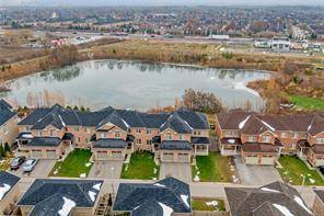 Townhouse for sale at 3045 Gladeside Ave Unit 8 Oakville Ontario - MLS: O4640431