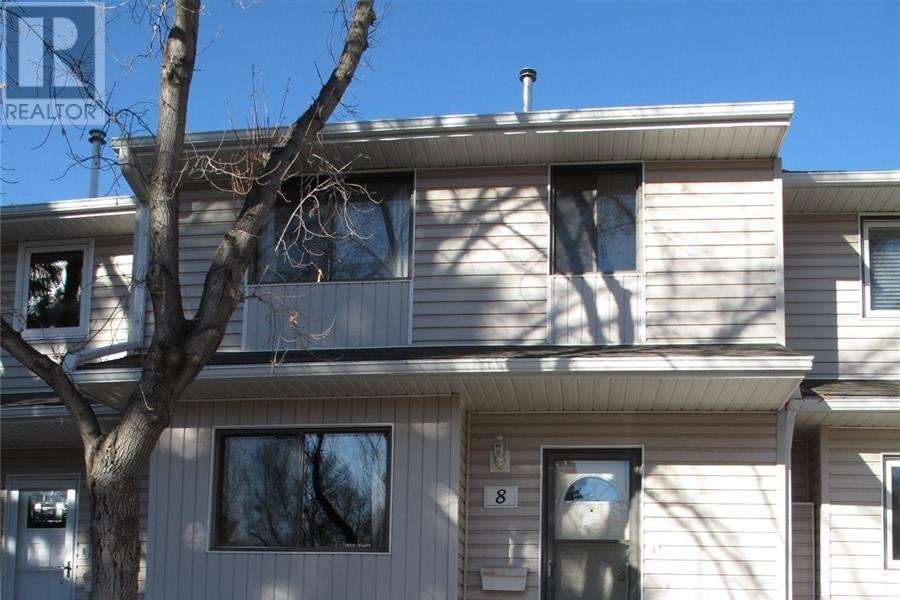 Townhouse for sale at 330 Haight Cres Unit 8 Saskatoon Saskatchewan - MLS: SK831683