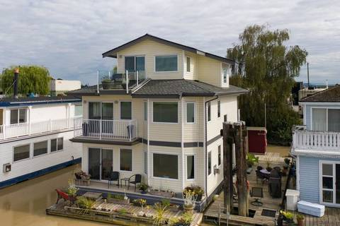 House for sale at 3871 River Rd W Unit 8 Delta British Columbia - MLS: R2388033