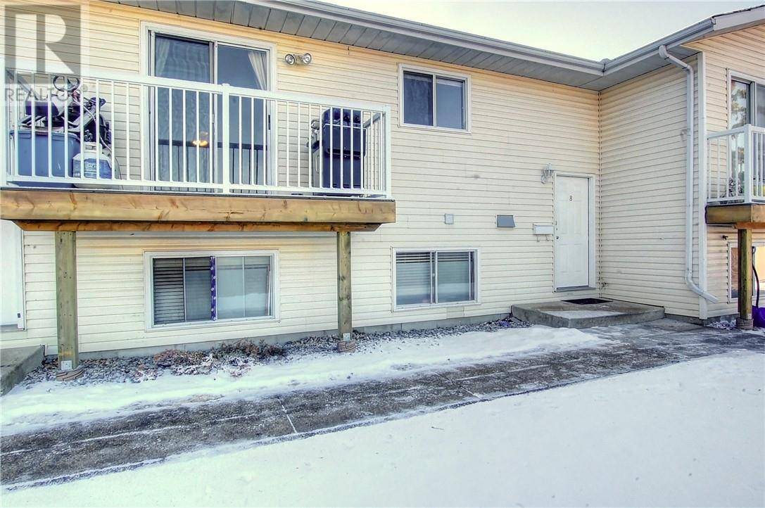 8 - 45 Cosgrove Crescent, Red Deer | Image 2