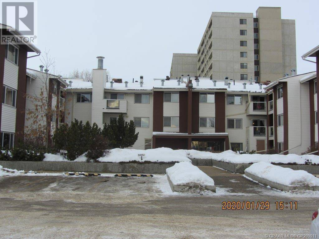 8 - 9640 92 Avenue, Grande Prairie   Image 1