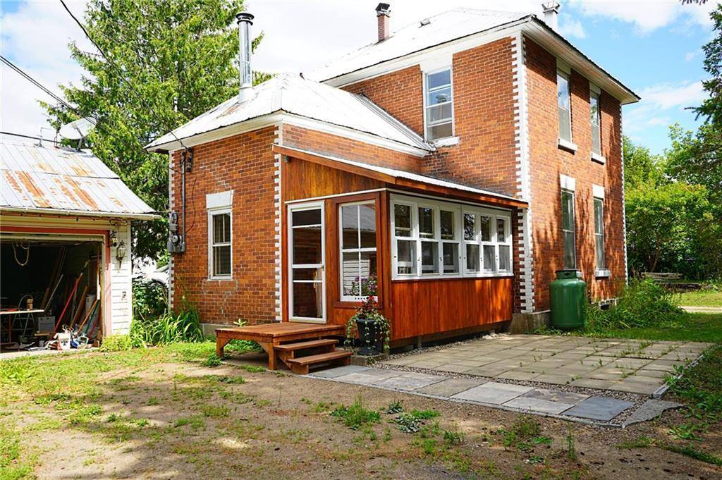 House for sale at 8 Angus St Killaloe Ontario - MLS: 1165321