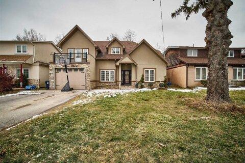 House for sale at 8 Atkinson Ave Toronto Ontario - MLS: E5084417