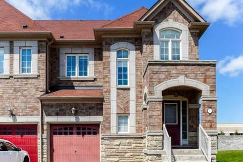Townhouse for sale at 8 Beachville Circ Brampton Ontario - MLS: W4747626