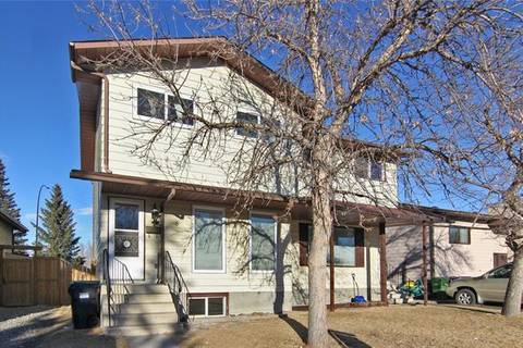 Townhouse for sale at 8 Berkley Wy Northwest Calgary Alberta - MLS: C4290140