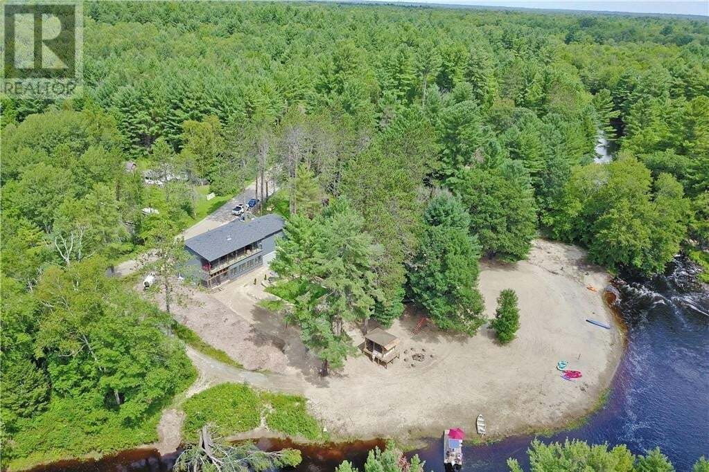 House for sale at 8 Black River Rd Washago Ontario - MLS: 278081