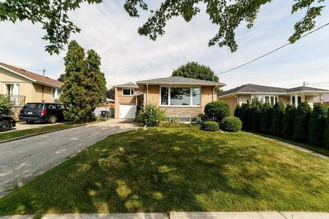 House for sale at 8 Brancaster Ct Toronto Ontario - MLS: W4553232
