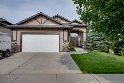 House for sale at 8 Canyon Blvd W Lethbridge Alberta - MLS: LD0172400