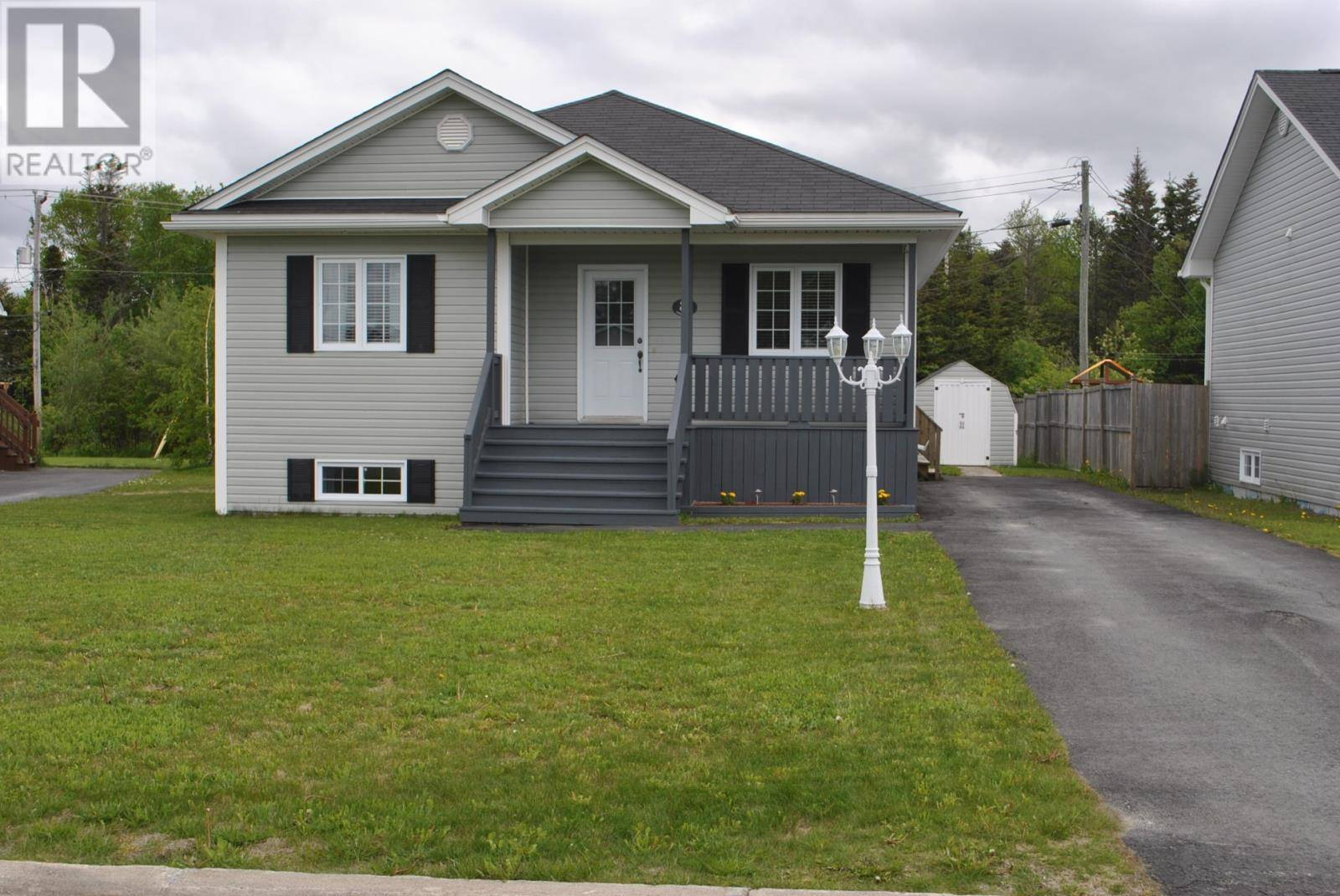 House for sale at 8 Cayley Pl Gander Newfoundland - MLS: 1209859