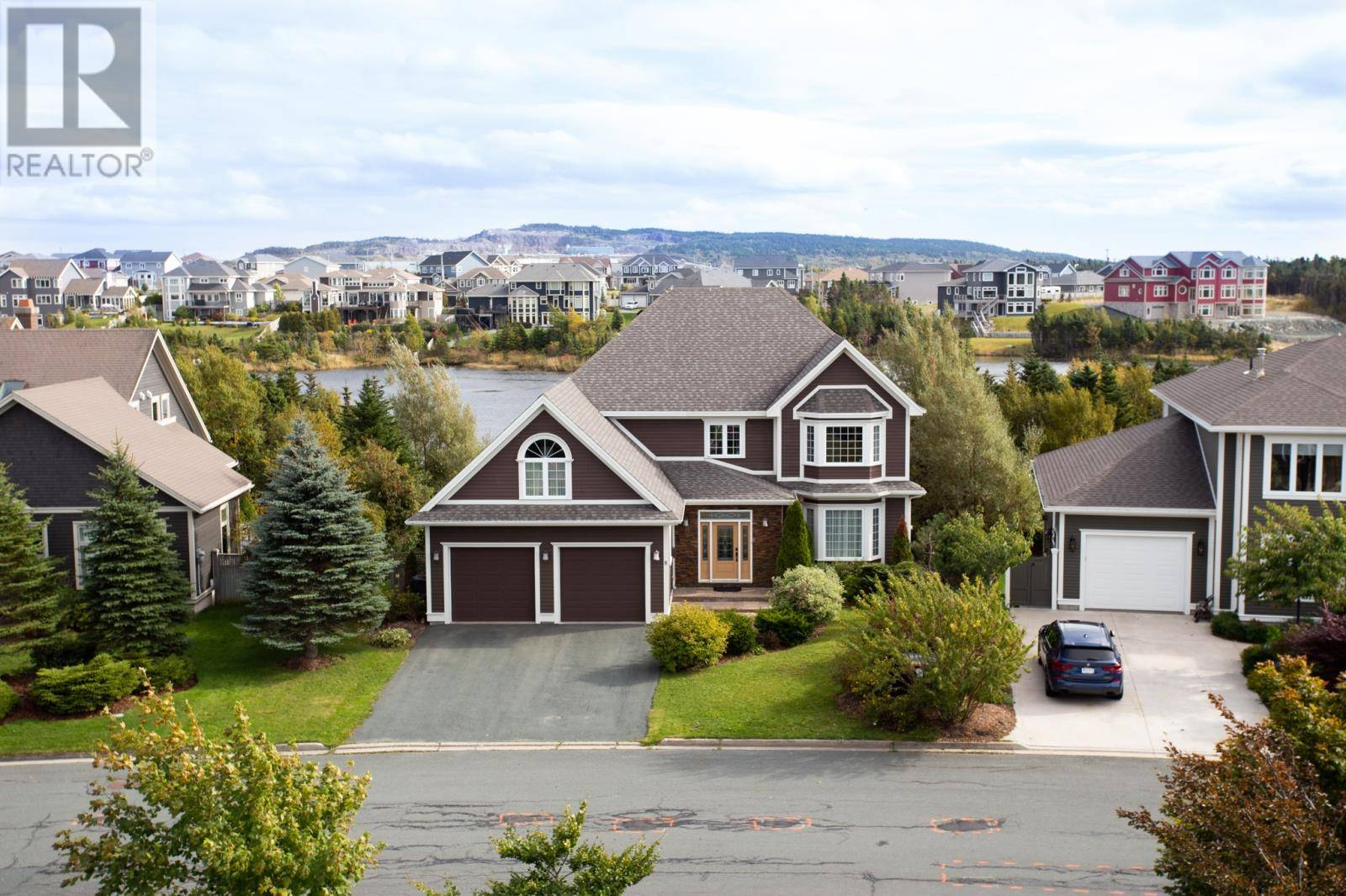 House for sale at 8 Cheyne Dr St. John's Newfoundland - MLS: 1209532