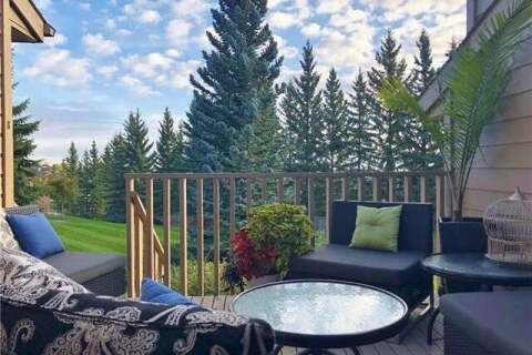 Townhouse for sale at 8 Coach Manor Ri Southwest Calgary Alberta - MLS: C4292452