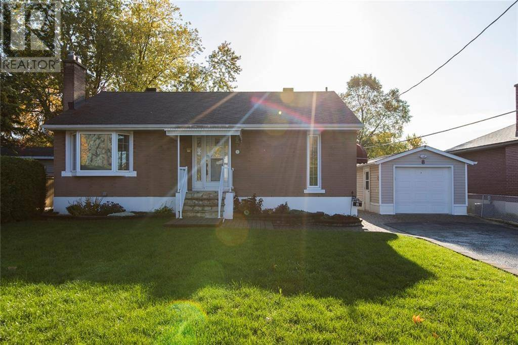 House for rent at 8 Corliss St Ottawa Ontario - MLS: 1174204