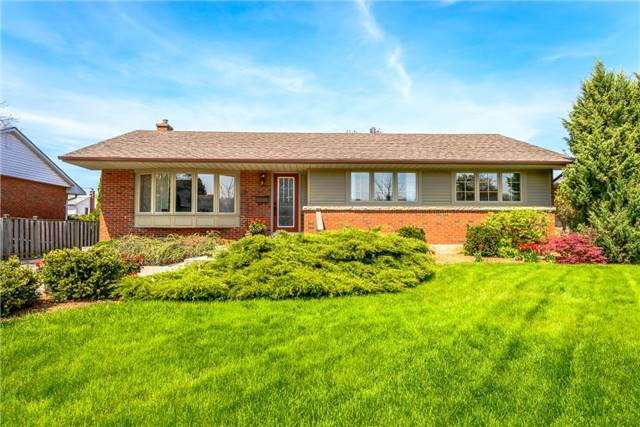 For Sale: 8 Cottage Avenue, Grimsby, ON | 3 Bed, 1 Bath House for $559,800. See 20 photos!