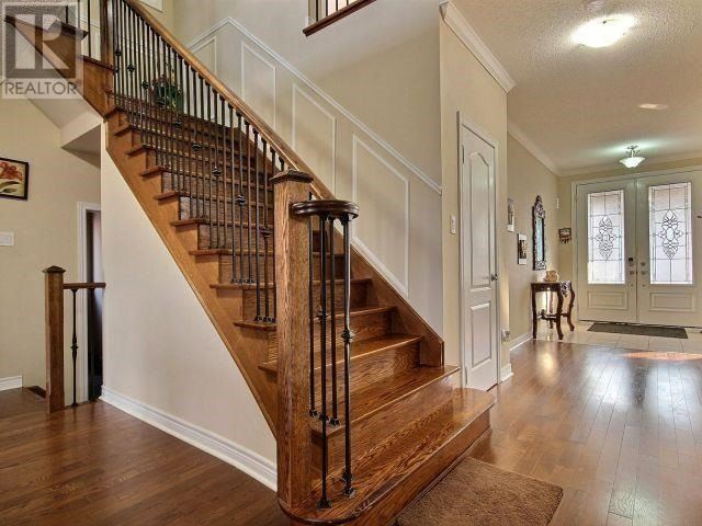 For Sale: 8 Degrey Drive, Brampton, ON | 4 Bed, 6 Bath House for $1,319,000. See 20 photos!