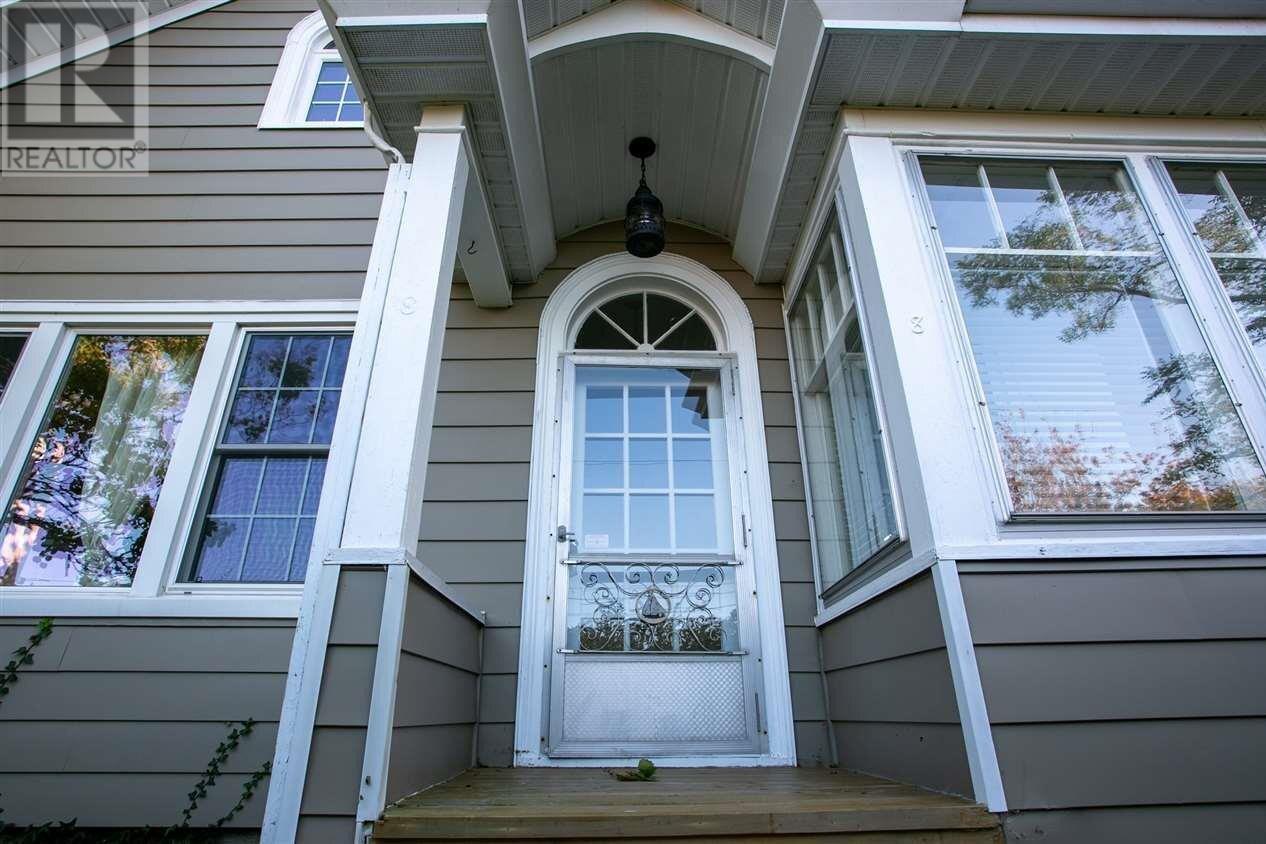 House for sale at 8 Dickson Ave Rockingham Nova Scotia - MLS: 202021593