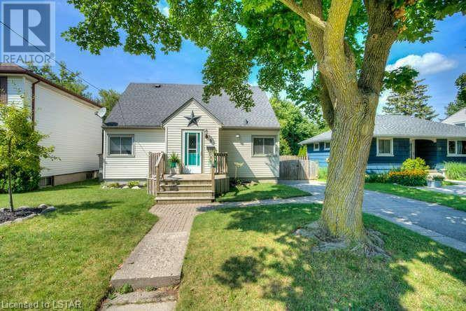 House for sale at 8 Doulton St London Ontario - MLS: 216828