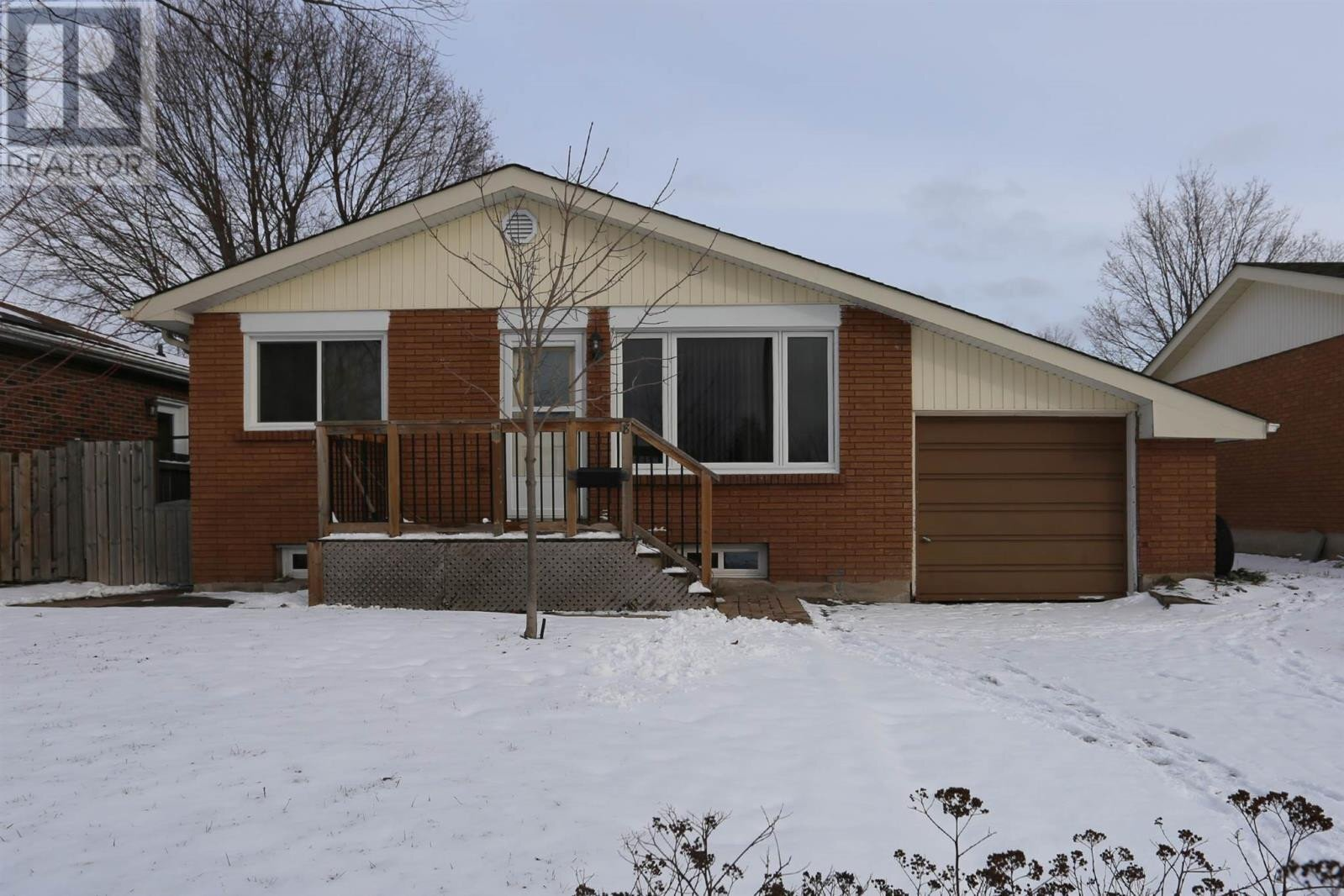 House for sale at 8 Durban Rd Sault Ste. Marie Ontario - MLS: SM130329
