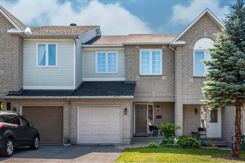 Townhouse for sale at 8 Eagleview St Ottawa Ontario - MLS: 1160090