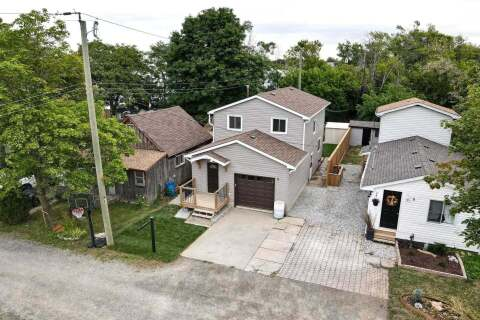 House for sale at 8 First Private Rd Hamilton Ontario - MLS: X4908277