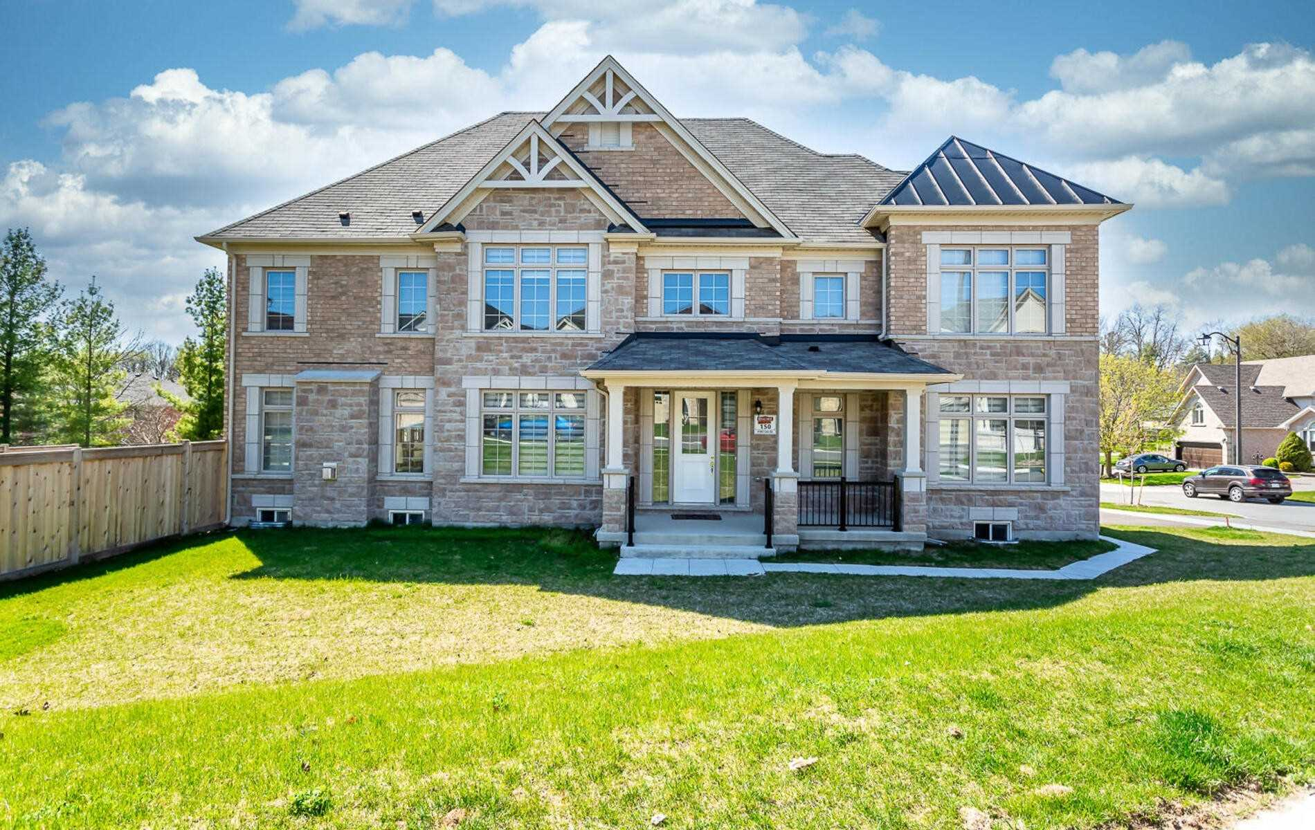 For Sale: 8 Forest Edge Crescent, East Gwillimbury, ON   4 Bed, 4 Bath House for $1248000.00. See 29 photos!