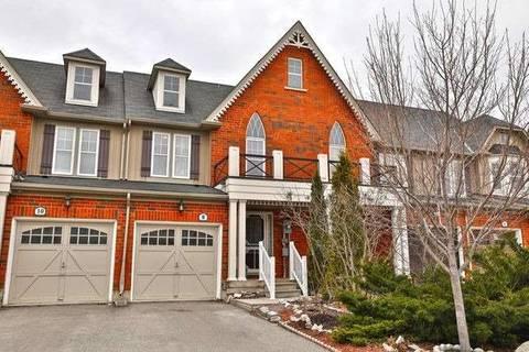 Townhouse for sale at 8 Fox Run  Hamilton Ontario - MLS: X4413424